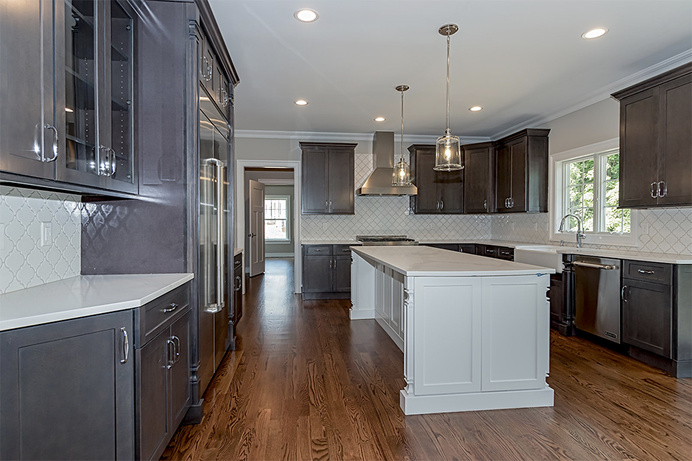 Somerset County Two-tone Kitchen