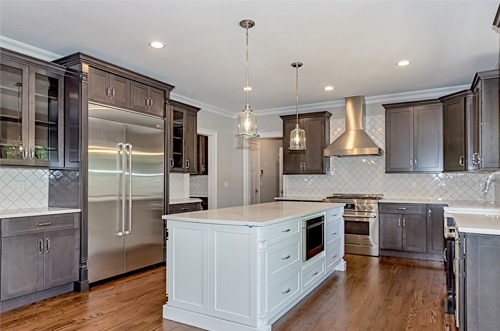 example of a two-toned-kitchen in nj