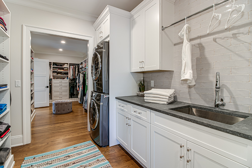 Walk-In-Closet-and-Laundry-Room-Solutions